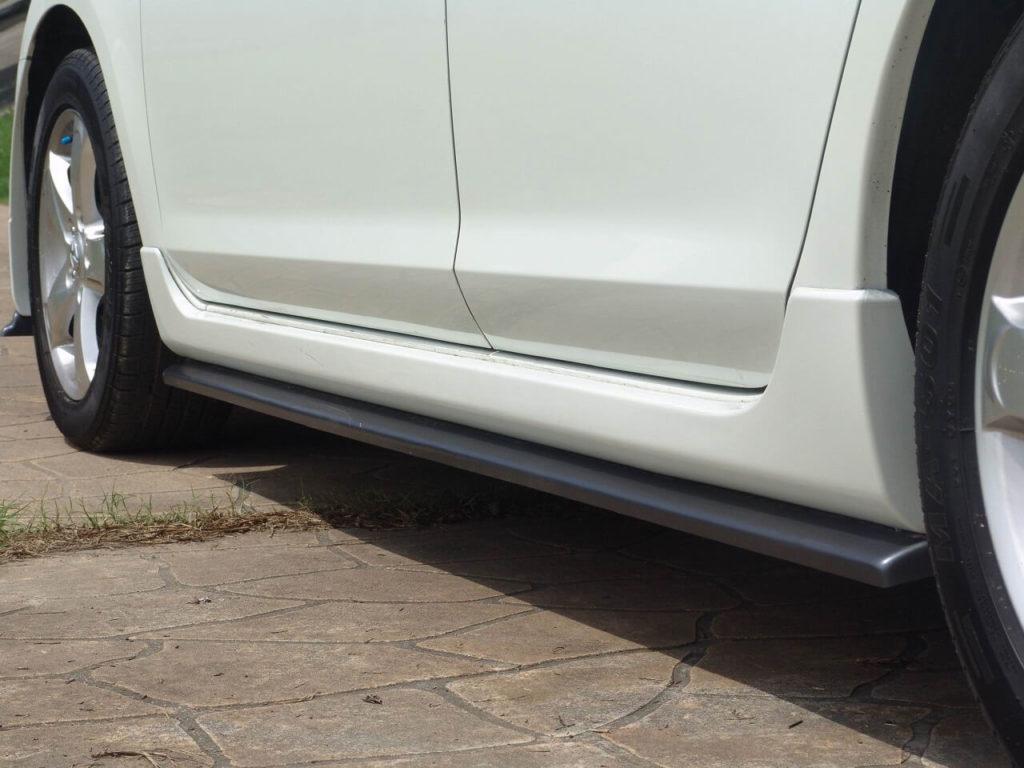 Пороги автомобиля