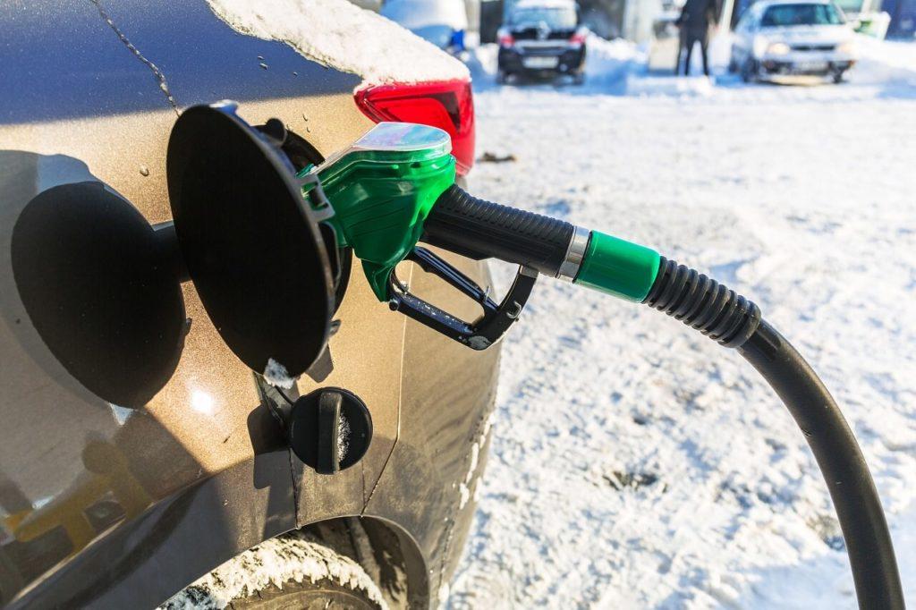 Почему зимой расходуется больше топлива